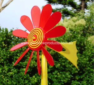 Happy Daisy Hanging Wind Vane Red